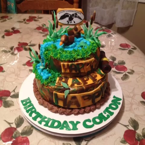 cake creations by vickki 9d duck dynasty cake # food # cake # happy