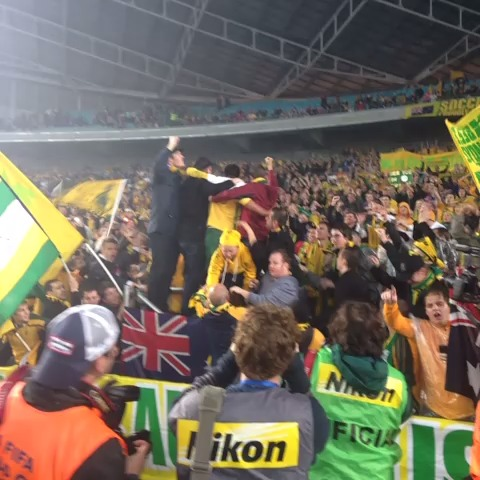 Super @Tim_Cahill dancing with fans at @ANZStadium! #GoSocceroos #Brazil2014