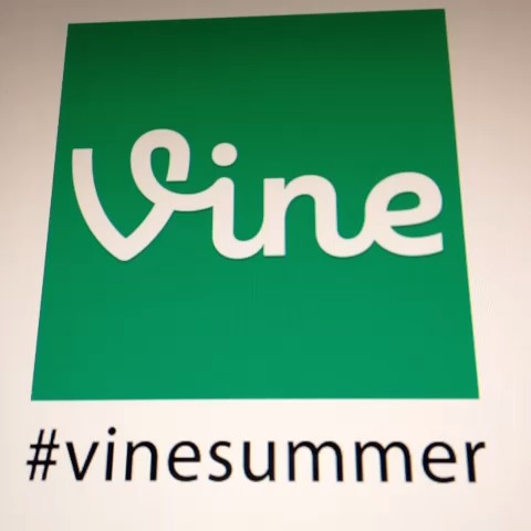 kandysigns post on Vine